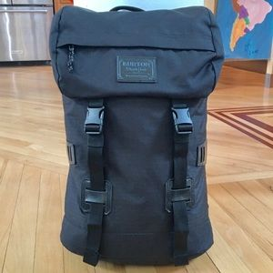 BURTON TINDER BACKPACK / New without Tags! / Black